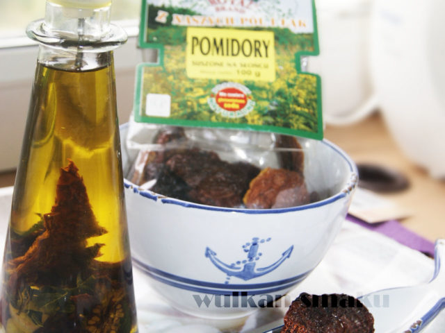 Aromatyczna oliwa z suszonymi w słońcu pomidorami