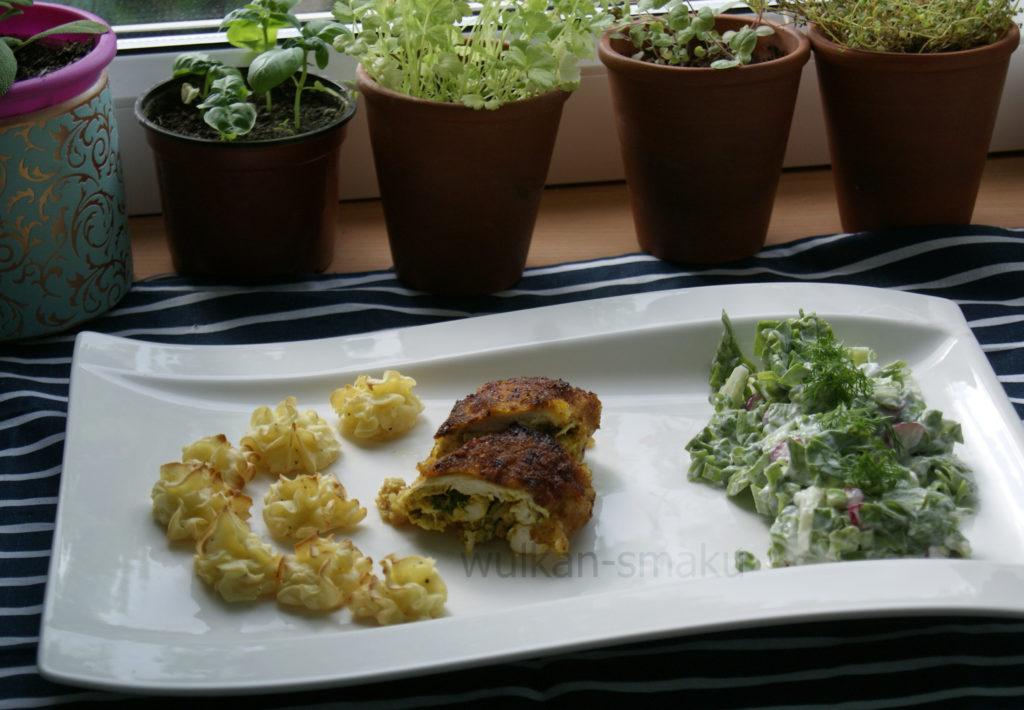 kotlety w panierce curry, rozetki ziemniaczane