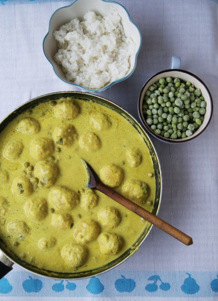 pulpeciki z indyka w sosie curry