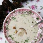 Zupa grzybowa – z borowików, podgrzybków i kurek