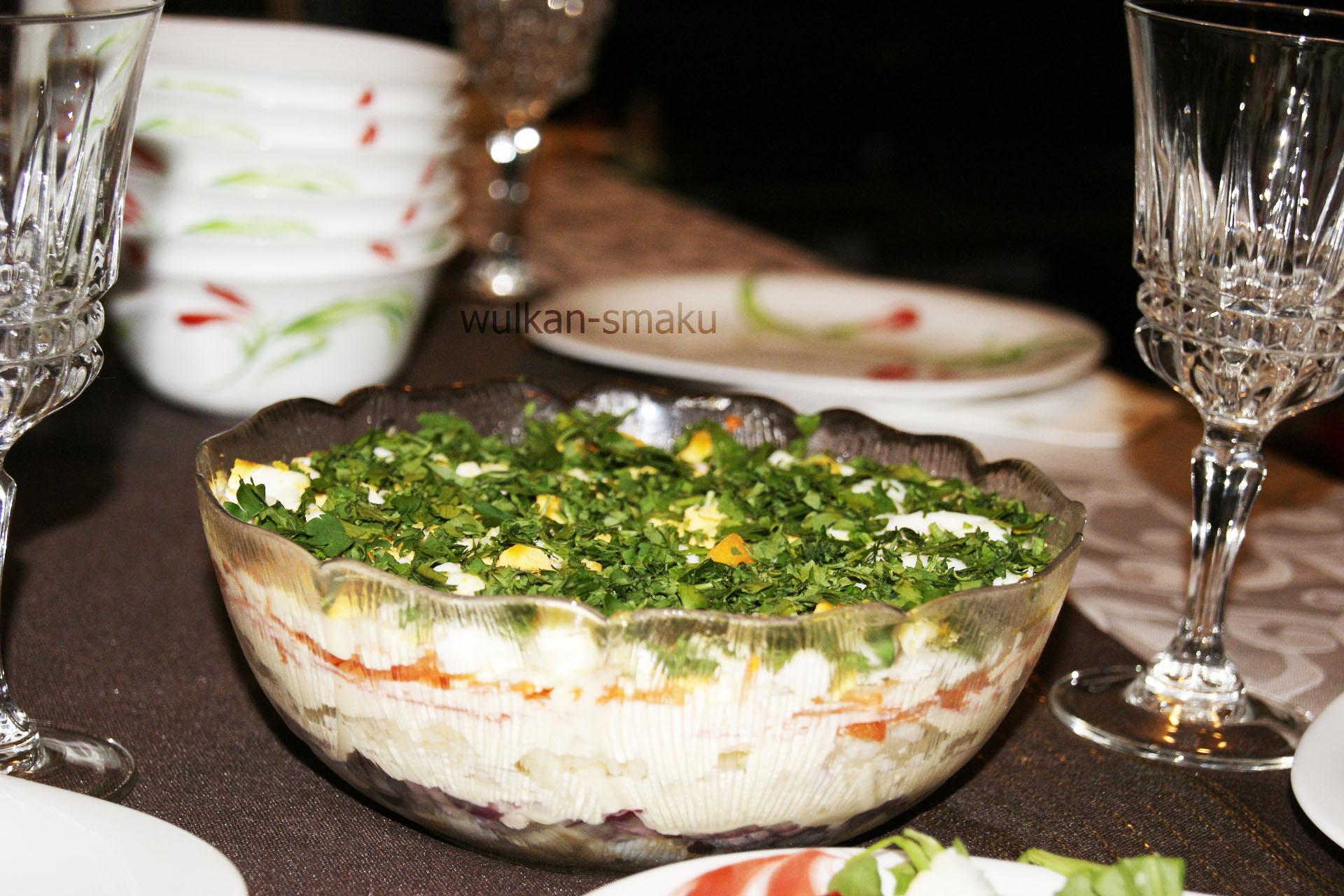 warstwowa-salatka-ze-sledziem