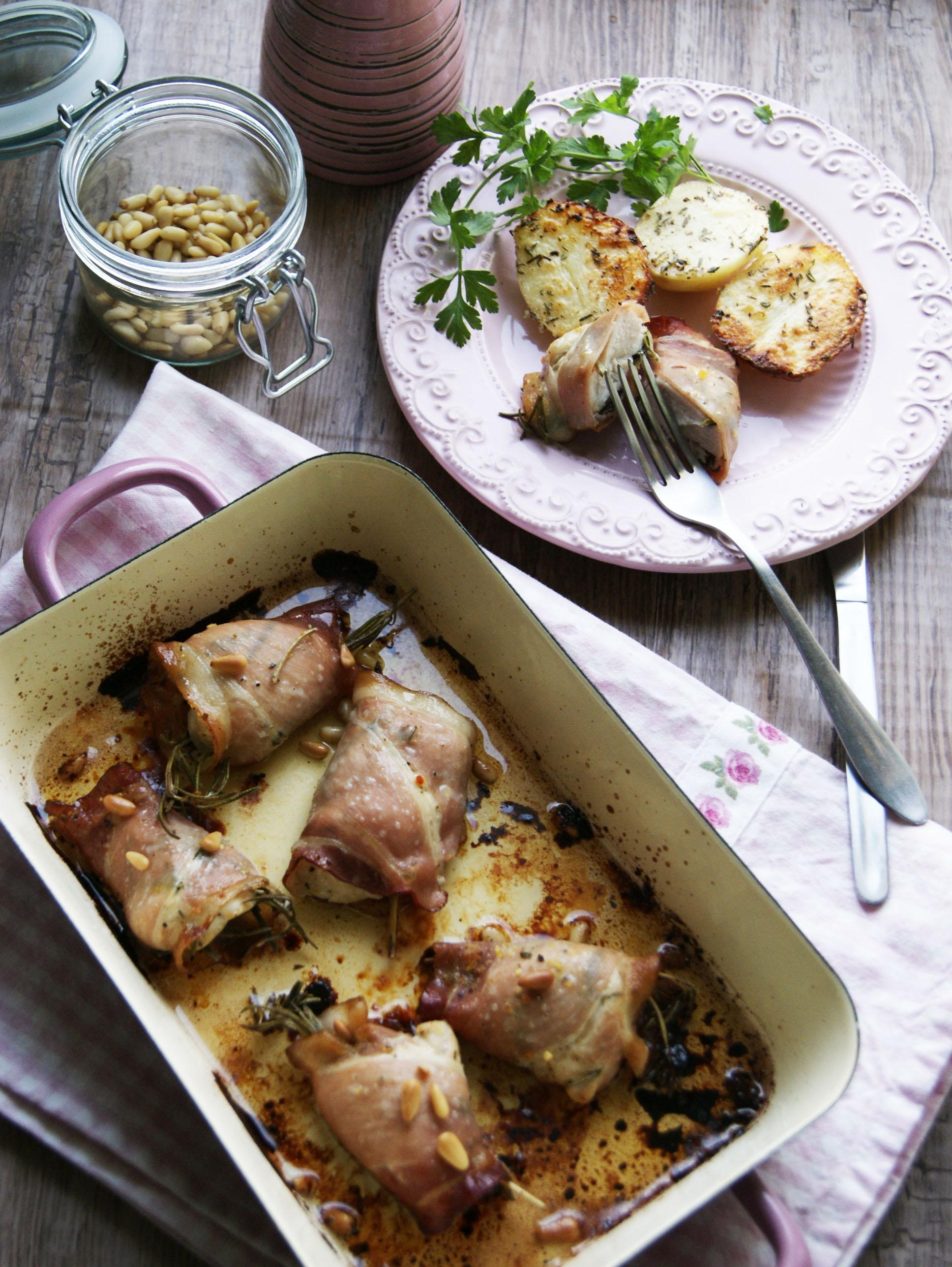 kurczak-z-rozmarynem-w-szynce-parmenskiej