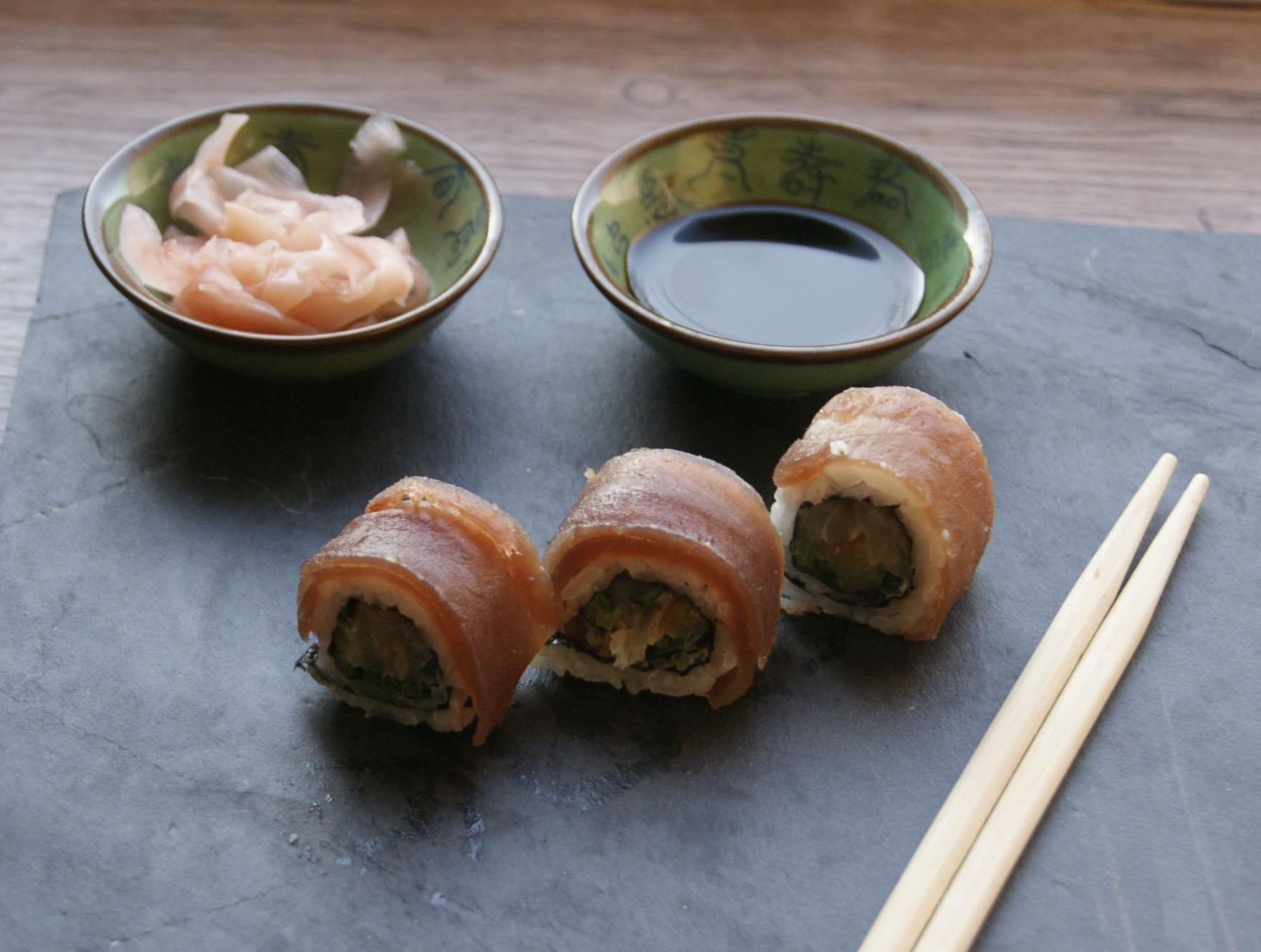 sushi-zawijane-z-tunczykiem