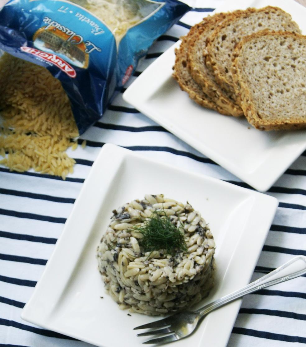 salatka-makaronowa-z-pieczrakami