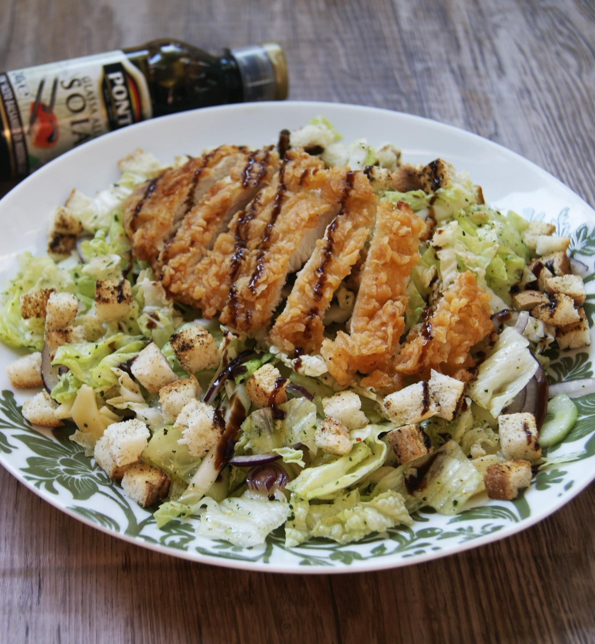 Saladka z kurczakiem