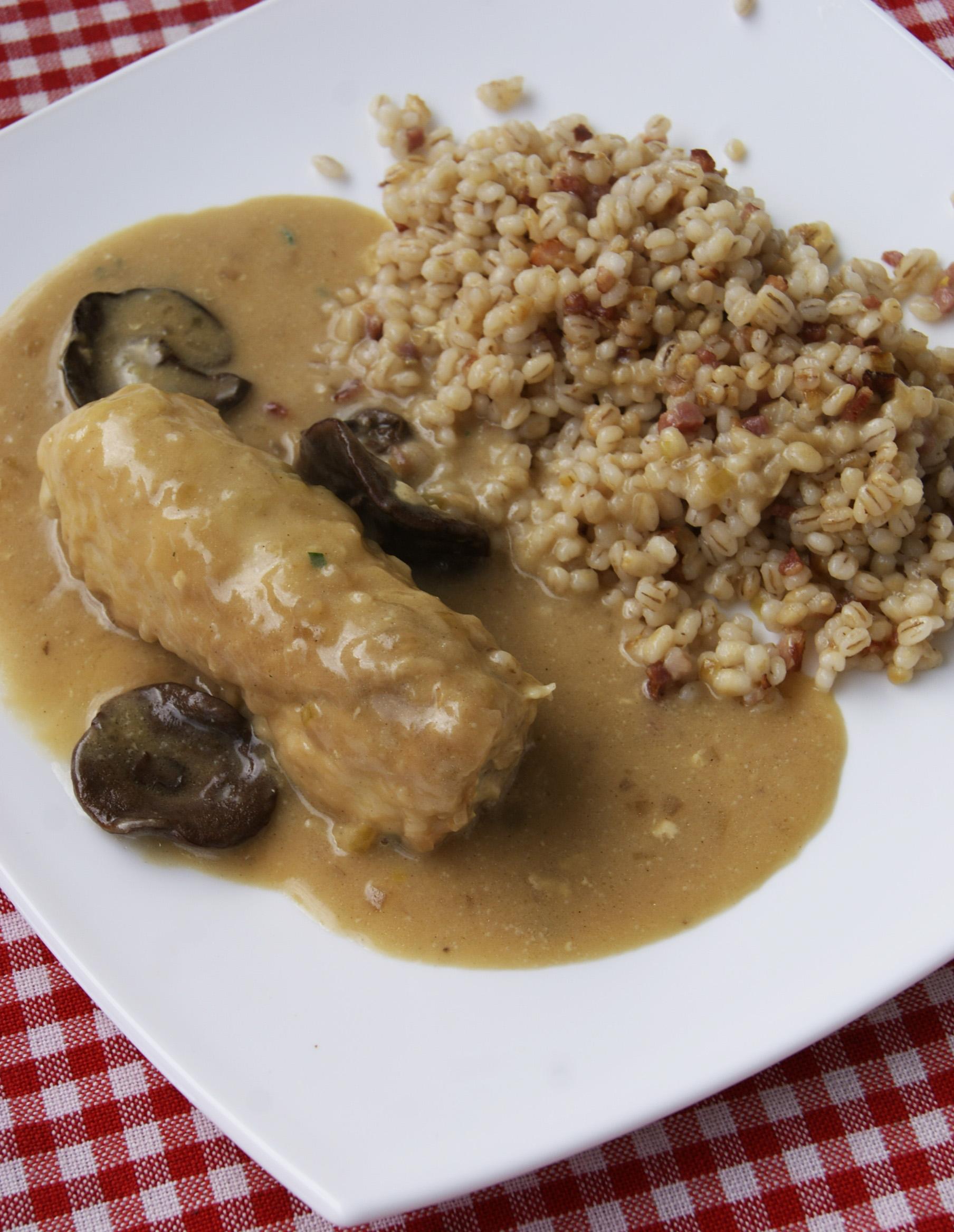 roladki z kurczaka w sosie grzybowym