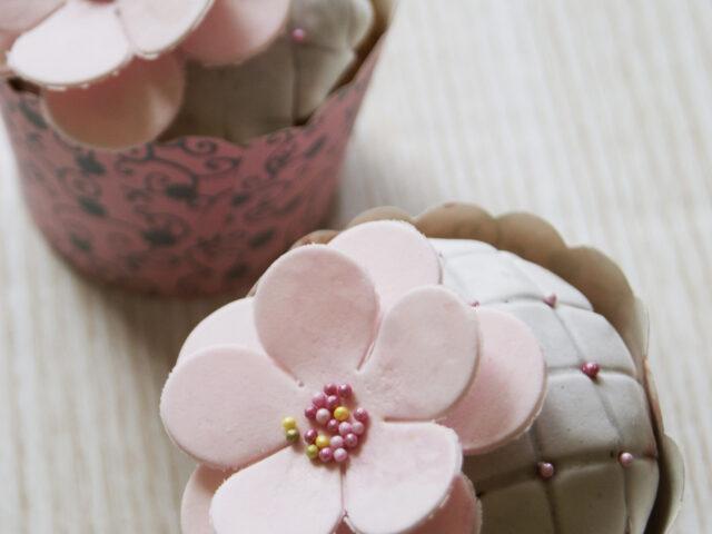 Babeczki z kwiatkami
