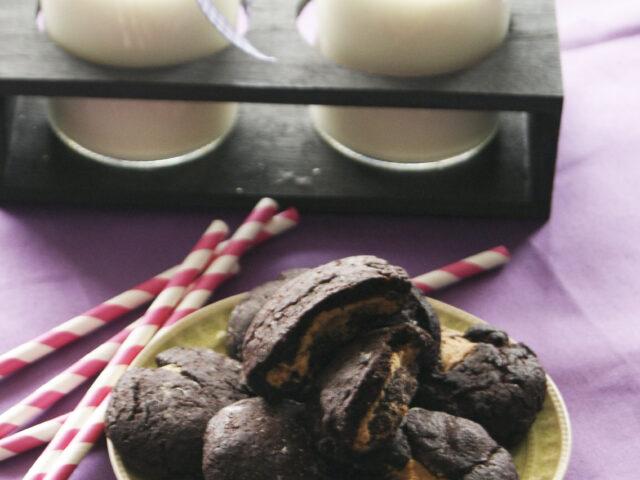 Czekoladowe ciasteczka z masłem orzechowym