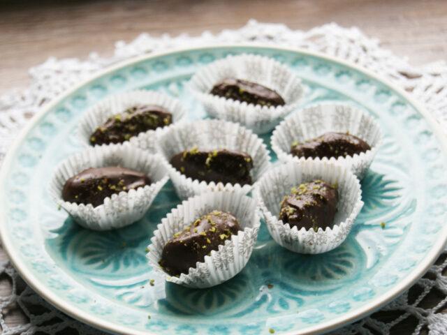 Dakltyle w czekoladzie nadziewane marcepanem
